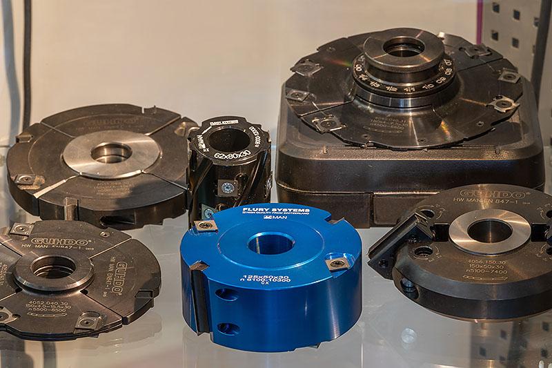 Auswahl an Wendeplatten-Werkzeugen bei Biehringer