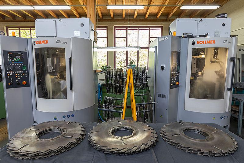 Sägeblätter schärfen – mit CNC-gesteuerten Schärfmaschinen